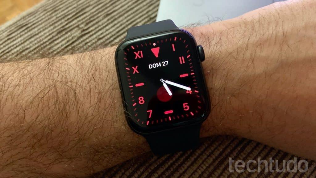 Brasileiro descobre doença com ajuda de Apple Watch e post viraliza   Smartwatches